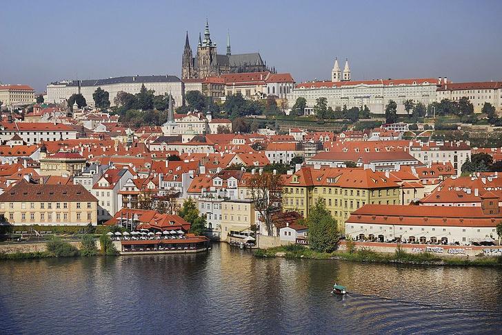 Фото №1 - Названы самые доступные города для культурного туризма