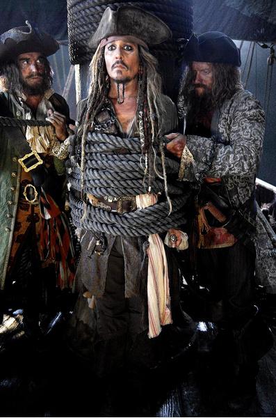Кадр из фильма «Пиратов Карибского моря: Мертвецы не рассказывают сказки»