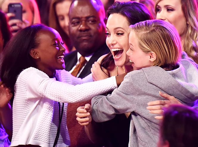 Фото №5 - Стратегия развода Бранджелины: 2:0 в пользу Джоли