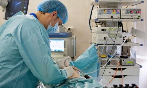 Фото №1 - В каких больницах и поликлиниках Петербурга врачи получают самые высокие зарплаты