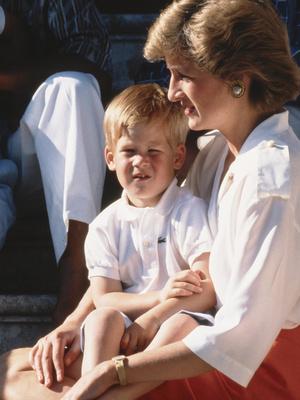 Фото №8 - Поразительное сходство: королевские родители и дети, которых сложно отличить друг от друга