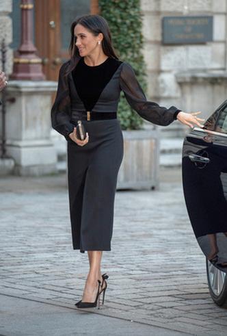 Фото №3 - Фаворит герцогини: что Меган Маркл наденет из новой коллекции Givenchy SS 2019