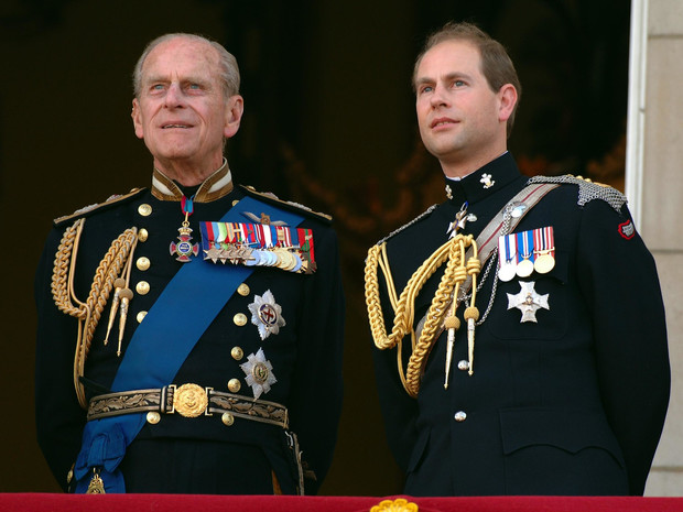 Фото №1 - Будущие трудности: кто из членов БКС может «лишить» Эдварда титула герцога Эдинбургского