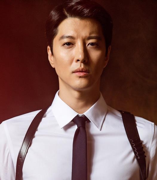 Фото №5 - Топ-20 самых красивых корейских актеров