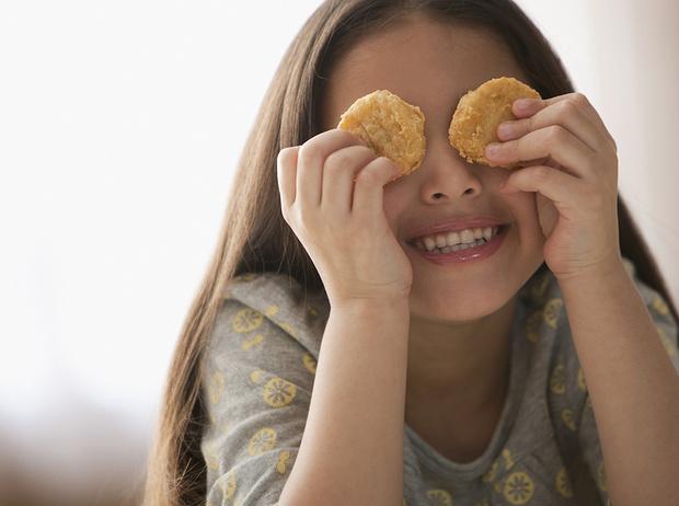 Фото №5 - 5 вредных продуктов, которыми мы регулярно кормим детей