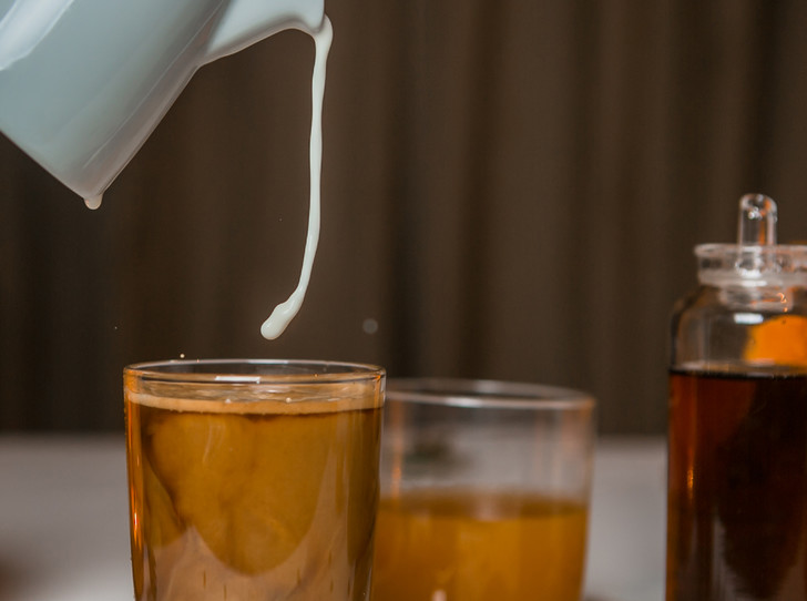 Фото №1 - Страшно вкусно: три рецепта кофе для горячего Хэллоуина