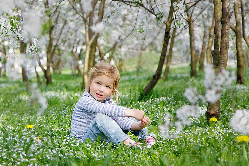 картинки весна прогулка малышей значение где
