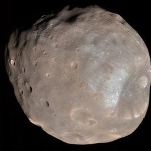 Фото №1 - Спутник Марса превратится в кольцо