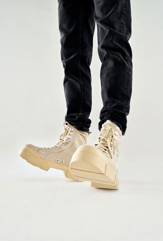 Фото №11 - От ботинок до босоножек: самая трендовая обувь из весенне-летней коллекции No One