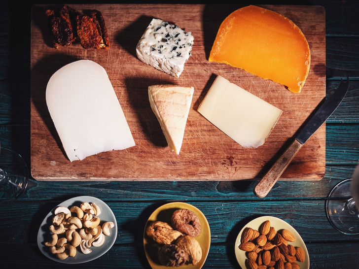 Фото №4 - 12 продуктов, которые вызывают мигрень (и вы едите их каждый день)