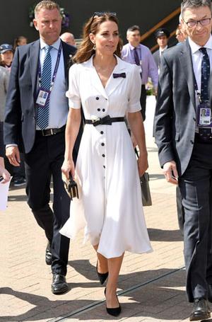 Фото №2 - Цветы, горошек и шифон: где искать летние платья, как у герцогини Кейт