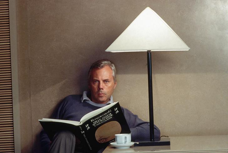 Фото №3 - «Элегантность не бросается в глаза, она остается в памяти»: 7 мифов о Джорджо Армани
