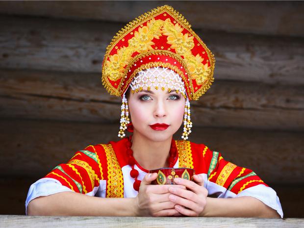 Фото №1 - Идеальный возраст невесты и еще 6 народных советов о зачатии
