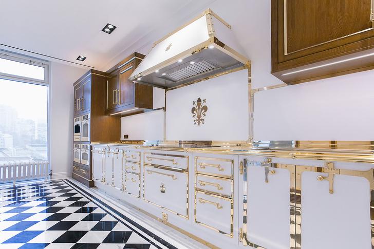 Фото №4 - Белое золото: новая кухня Officine Gullo