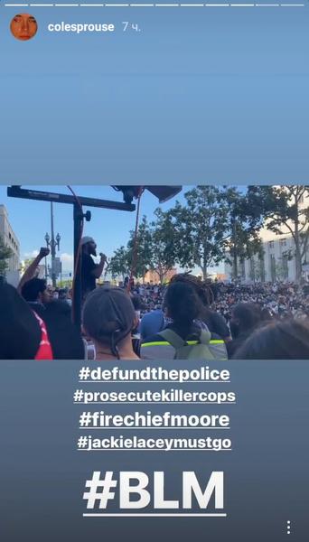 Фото №2 - Коул Спроус, Кайя Гербер и другие звезды нарушили самоизоляцию ради массового протеста в Лос-Анджелесе
