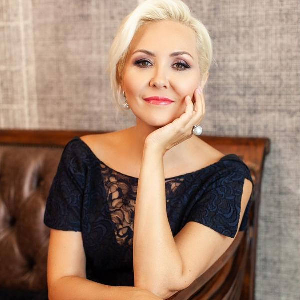 Фото №1 - «Вероятность ЗППП сильно возрастает»: Василиса Володина рассказала, кому нужно избегать случайных связей в этом году