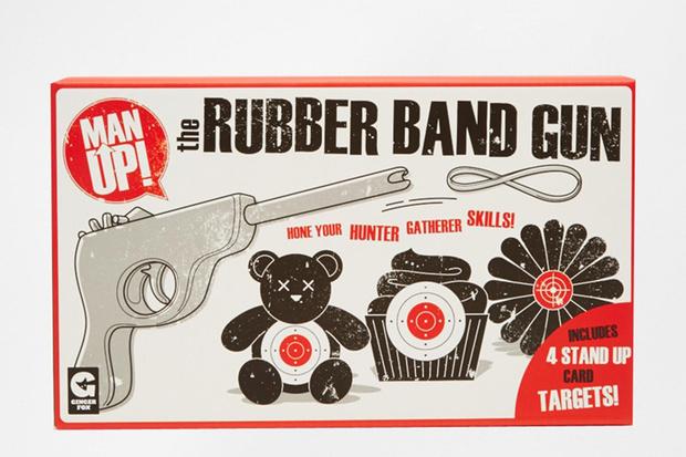 Пистолет для стрельбы резинками, Asos, 650 руб.