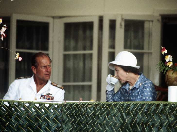 Фото №3 - Какую британскую традицию не любит принц Филипп (вы удивитесь)