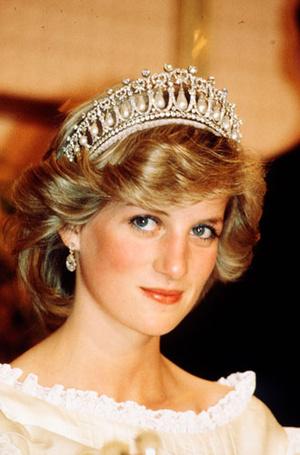 Фото №8 - Секреты придворных ювелиров: кто и как создает украшения для Королевы и ее семьи
