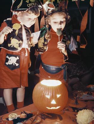 Фото №2 - Как организовать вечеринку на Хэллоуин