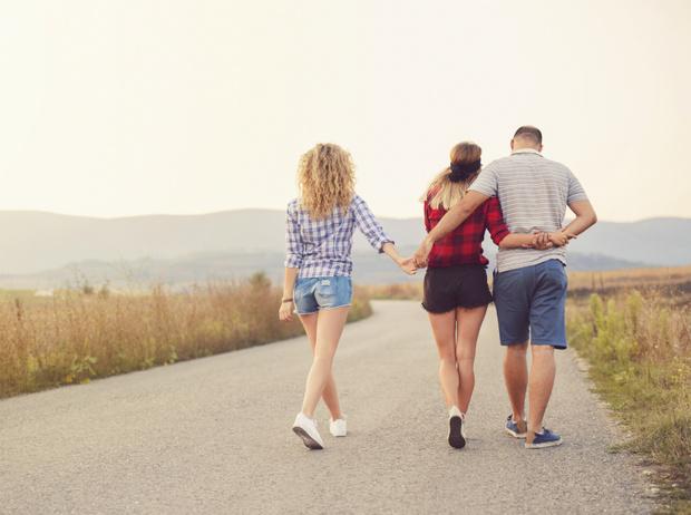 Фото №3 - Открытый брак, «временная семья» и сологамия: новые типы отношений XXI века
