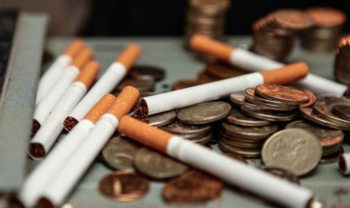 Фото №1 - Минздрав: Число курильщиков снизилось в России впервые за 25 лет