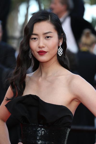 азиатские модели девушки мужчины фото