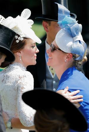 Фото №5 - Королевский отряд: герцогиня Кейт и ее три самых близких подруги в БКС