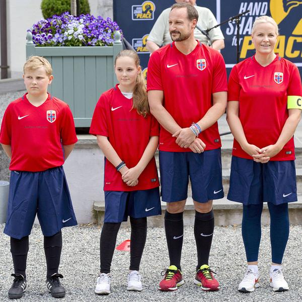 Фото №16 - Кронпринц Хокон: почему будущий король Норвегии ─ наш герой