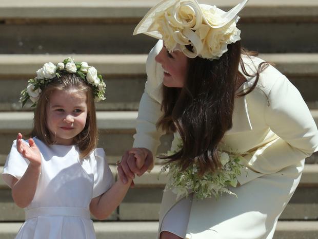 Фото №2 - Из-за чего на самом деле поругались Меган и Кейт (и о чем Сассекская умолчала в интервью)