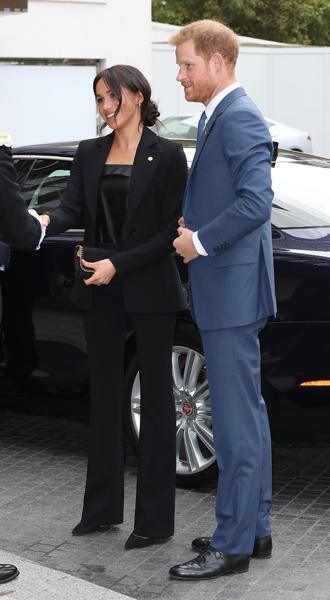 Фото №3 - Power-dressing от герцогини: новый брючный выход Меган Сассекской