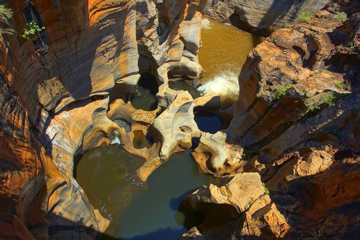 Фото №2 - Естественные дефекты: 5 «испорченных» природой мест, в которых мечтает побывать каждый путешественник