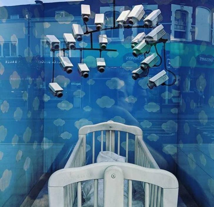 Фото №4 - В Лондоне открылась лавка с товарами, возможно принадлежащая Бэнкси