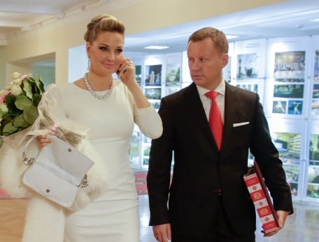 Депутат Госдумы РФ и бизнесмен Денис Вороненков стал первым официальным супругом Марии Максаковой