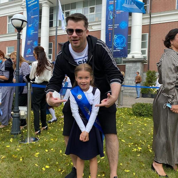 <p>Дочь Гарика Харламова и Кристины Асмус Анастасия</p>