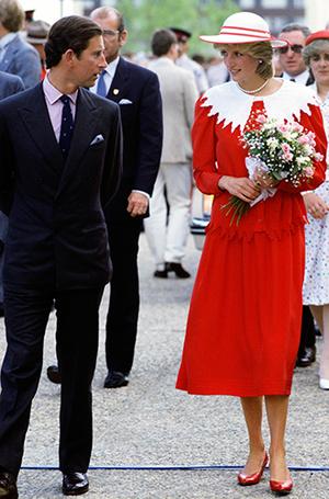 Фото №57 - 70 красных нарядов: как принцесса Диана носила любимый цвет