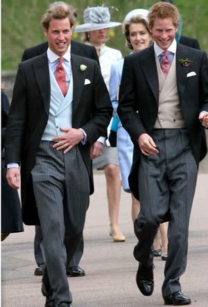 Фото №4 - Смешанные чувства: о чем говорит язык тела Гарри и Уильяма в день свадьбы Чарльза и Камиллы