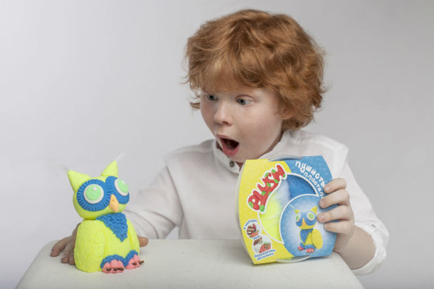 Фото №3 - 8 навыков, которые развивают дети с пушистым пластилином