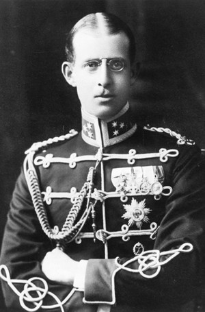 Фото №4 - Принц Филипп и его семья: как тяжелое детство сформировало характер супруга Елизаветы II