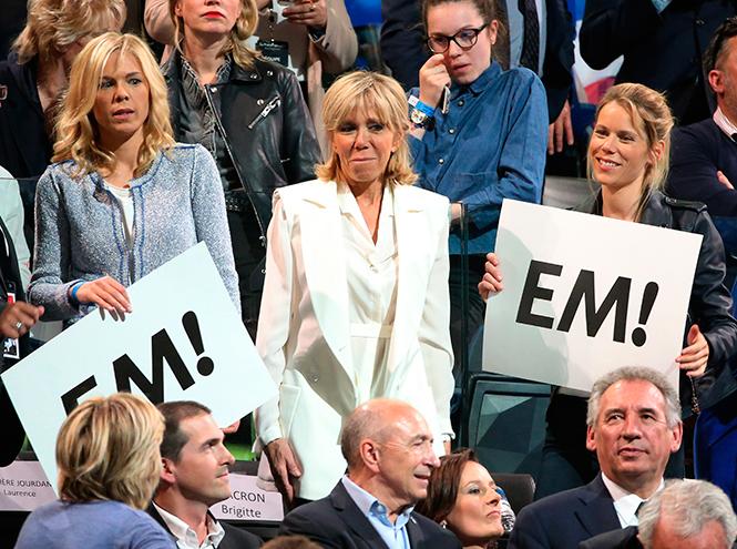 Фото №11 - Брижит Макрон: женщина, стоящая за президентом Франции