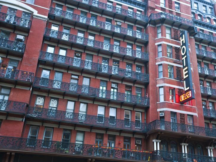 Фото №2 - В гостях у призраков: 9 проклятых отелей со всего мира