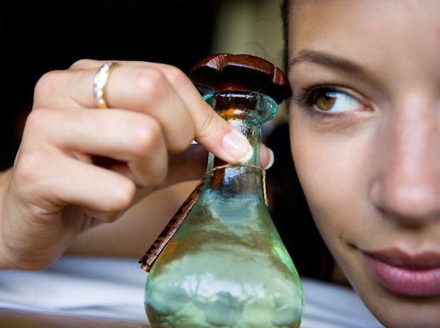 Фото №1 - Жидкое золото: в чем секрет масел (для лица и не только)
