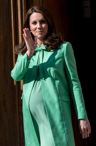 Фото №19 - Беременна будущим королем: принцессы и королевы в положении (фото)