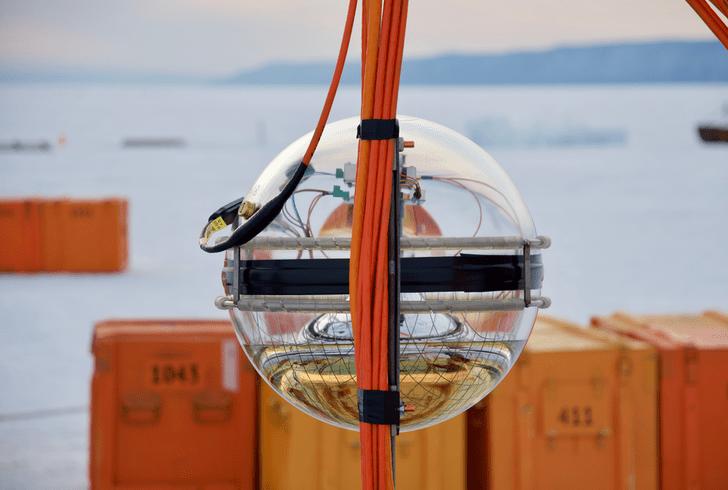 Фото №1 - На Байкале запущен крупнейший в Северном полушарии нейтринный телескоп