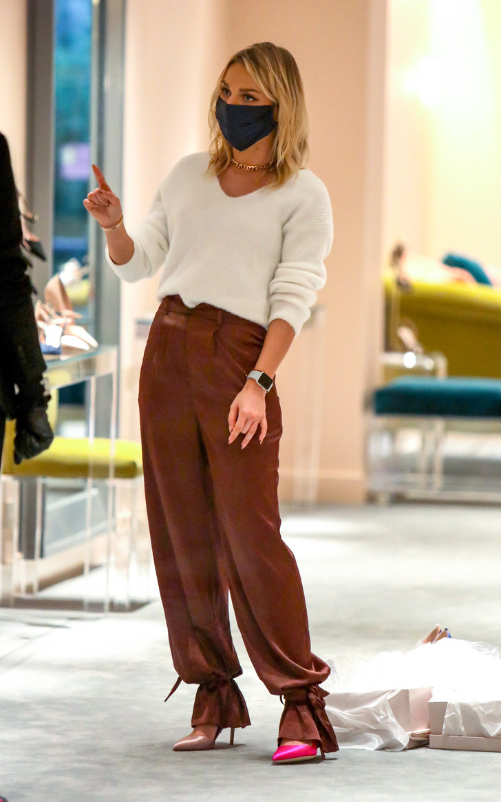 Фото №3 - Какой российской актрисе Сара Джессика Паркер подбирает обувь?