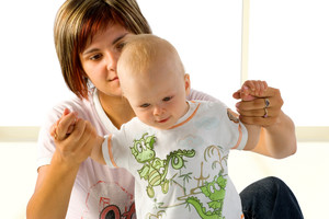 Фото №1 - Ранние дети: первые шаги до года