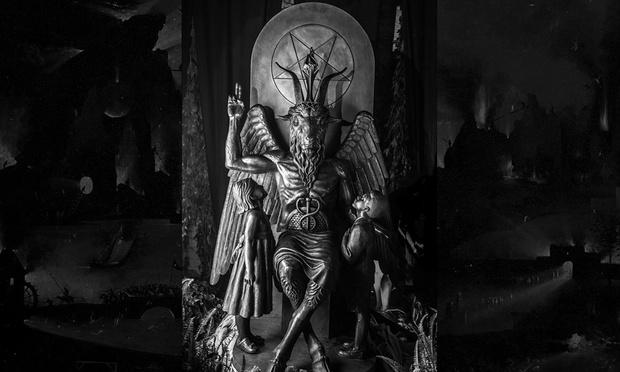 Фото №1 - Основатель Сатанинского храма составил список лучших дьявольских песен