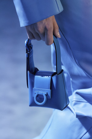 Фото №3 - Самые модные сумки осени и зимы 2021/22