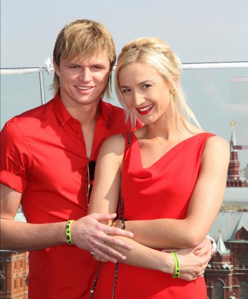 Дмитрий Тарасов, Ольга Бузова