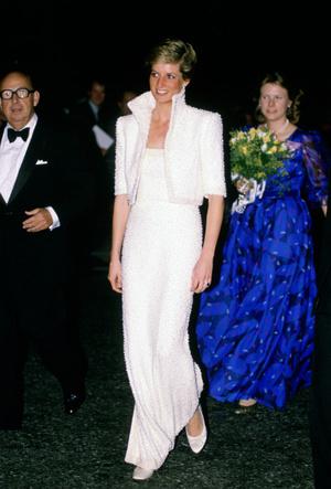 Фото №6 - Триумф или провал: история знаменитого жемчужного платья принцессы Дианы